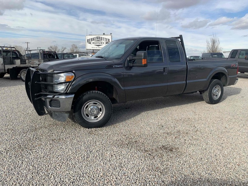 Ford F-250 Super Duty 2016 price $17,800