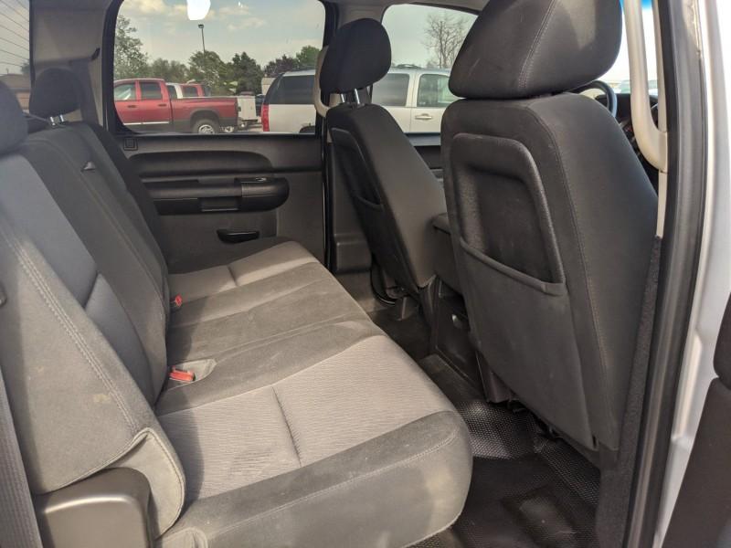 GMC Sierra 3500HD 2014 price $26,400
