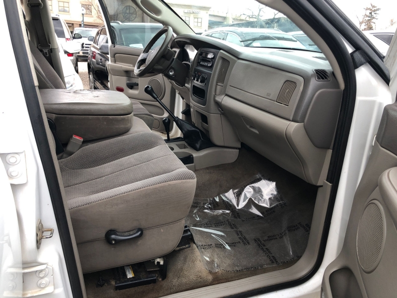 Dodge Ram Pickup 2500 2004 price $14,995
