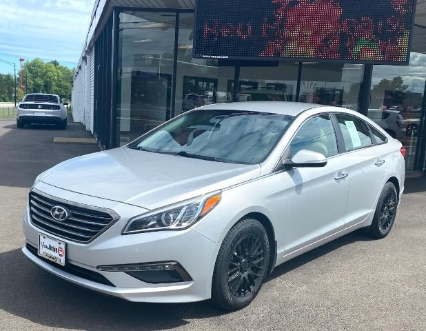 Hyundai Sonata 2015 price Call for price