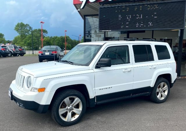 Jeep Patriot 2013 price Call for price