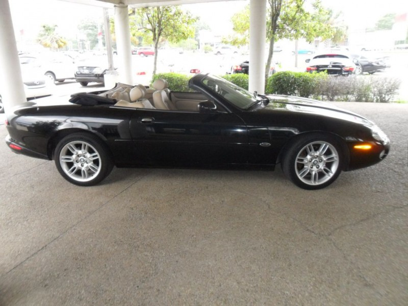 JAGUAR XK8 2002 price $7,995