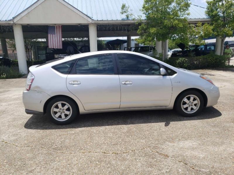 Toyota Prius 2008 price $4,195