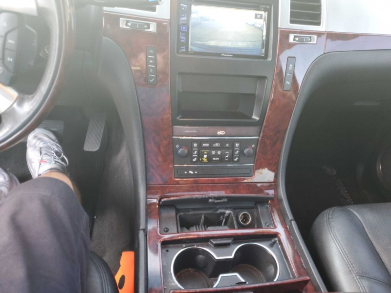 CADILLAC ESCALADE 2012 price $17,995