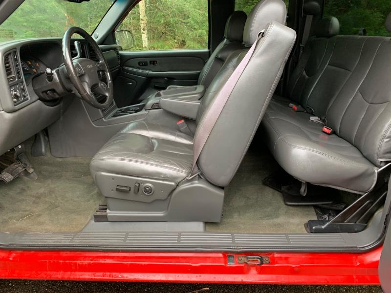 GMC Sierra 2500HD 2003 price $7,990