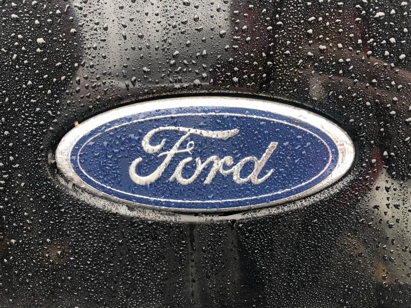 Ford Super Duty F-350 SRW 2005 price $10,990