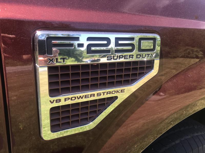 Ford Super Duty F-250 SRW 2010 price $17,990
