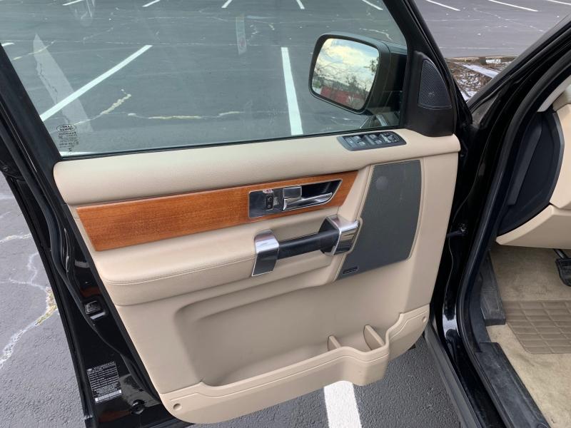 Land Rover LR4 2012 price $8,999