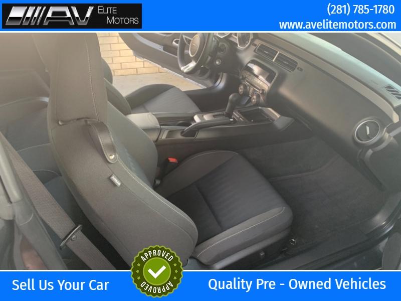 Chevrolet Camaro 2011 price $10,900