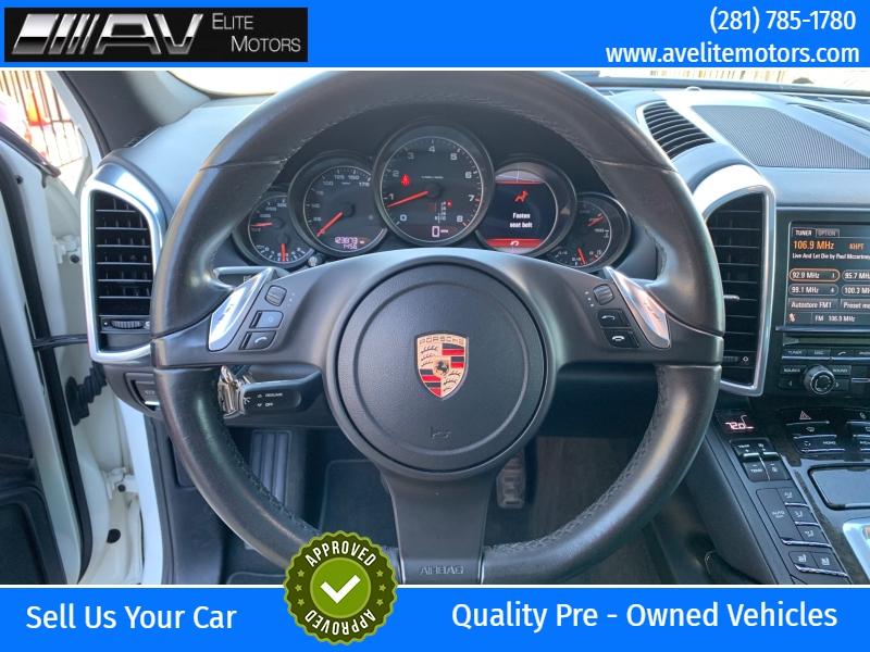 Porsche Cayenne 2011 price $15,900