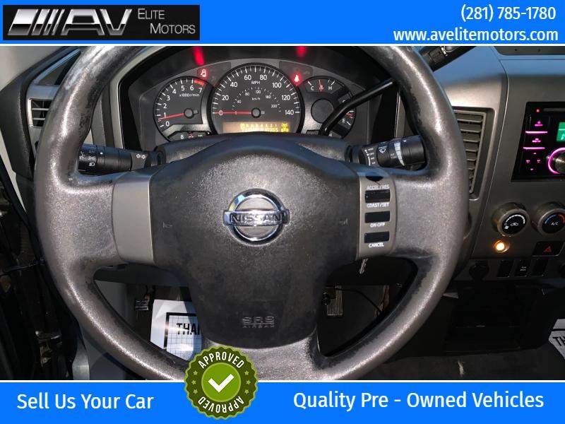 Nissan Titan 2005 price $5,450
