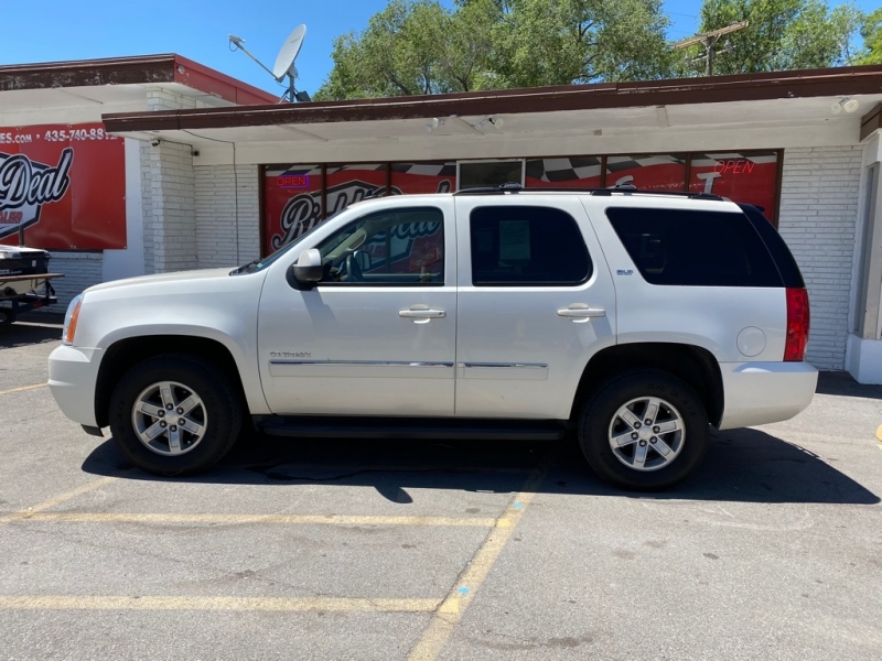 GMC YUKON 2011 price $15,995