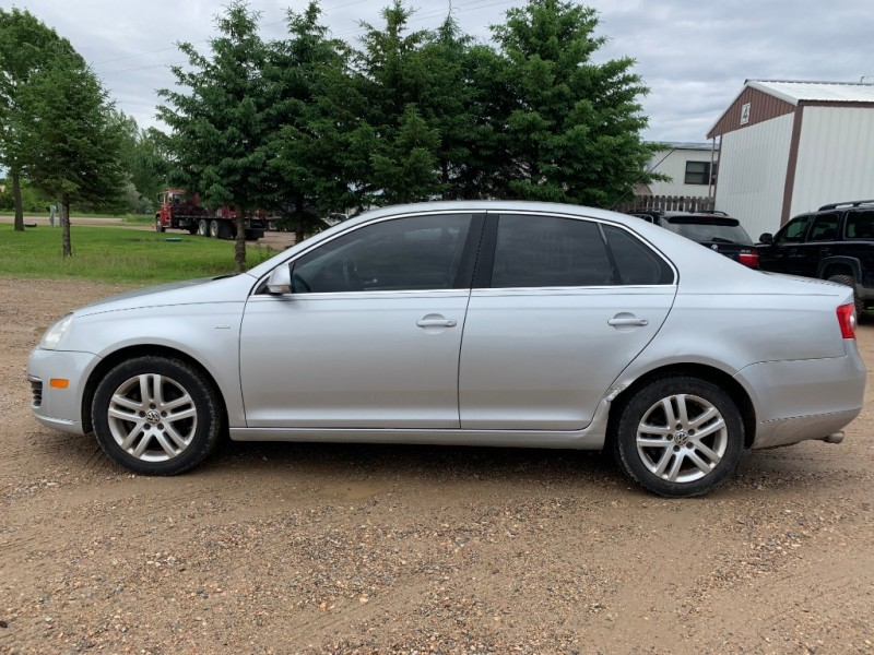 Volkswagen Jetta Sedan 2007 price $3,200