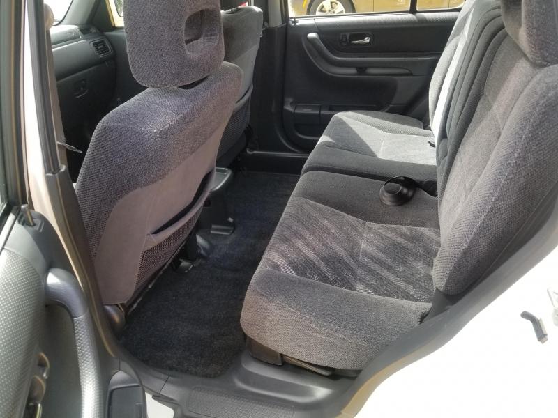 Honda CR-V 2001 price $3,999