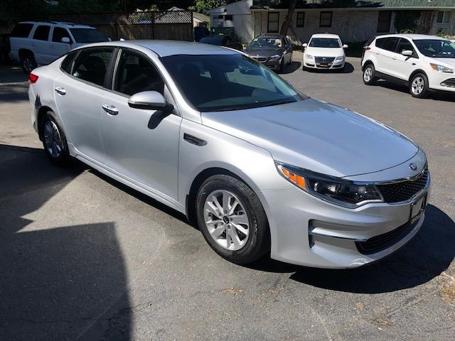 Kia Optima 2017 price $22,971