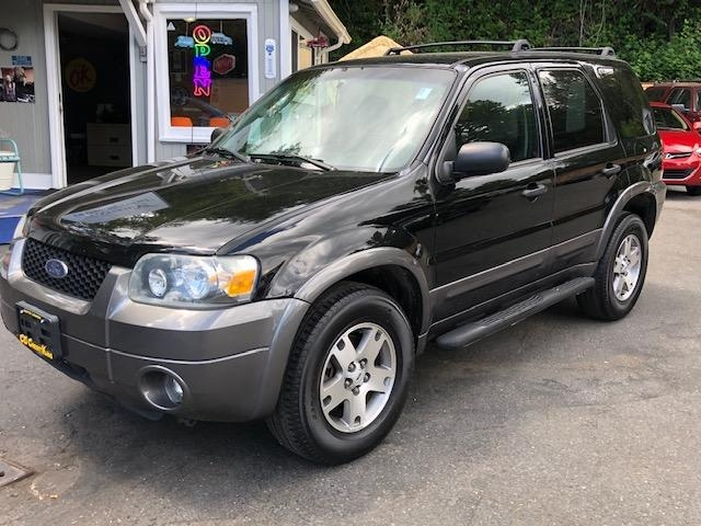 Ford Escape 2005 price $4,971