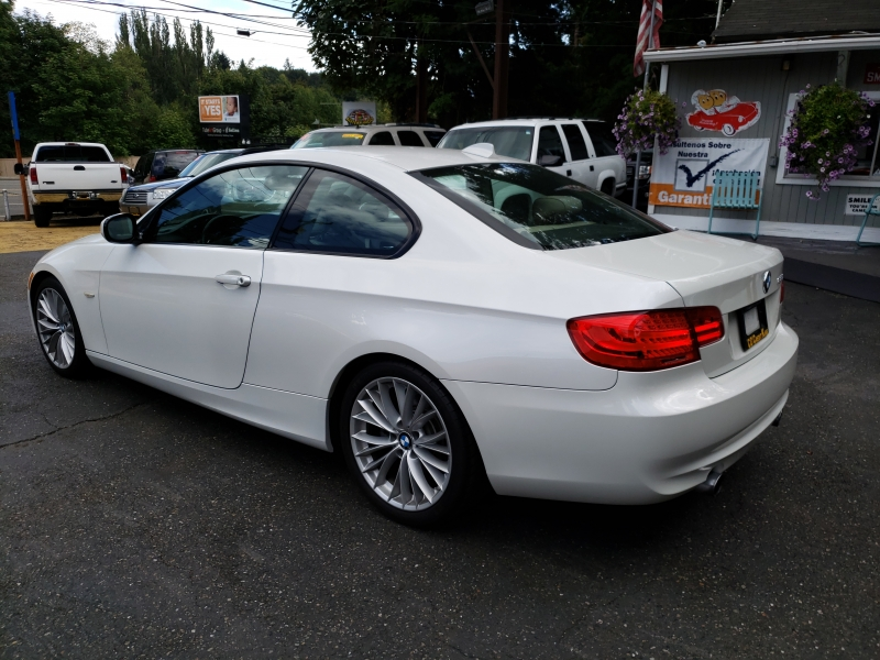 BMW 3 Series 2011 price $14,500