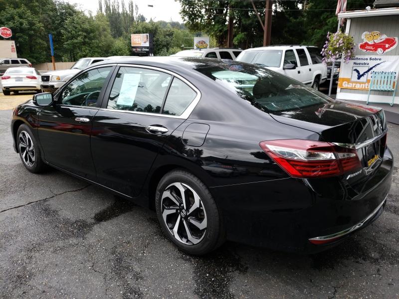 Honda Accord 2016 price $17,900