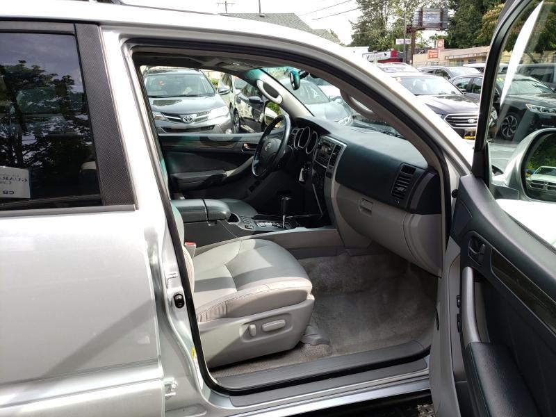 Toyota 4Runner 2004 price $6,971