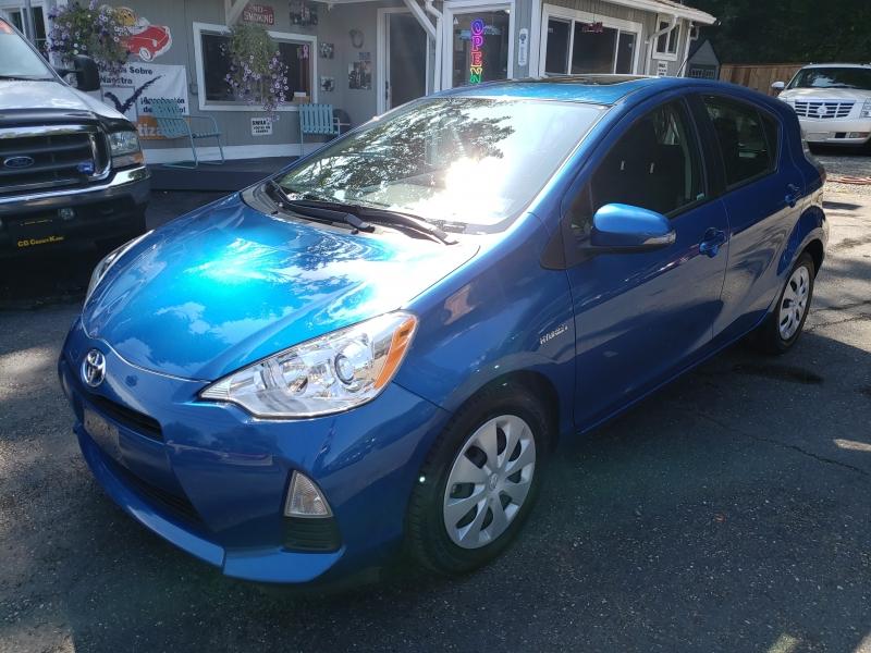 Toyota Prius c 2014 price $10,500