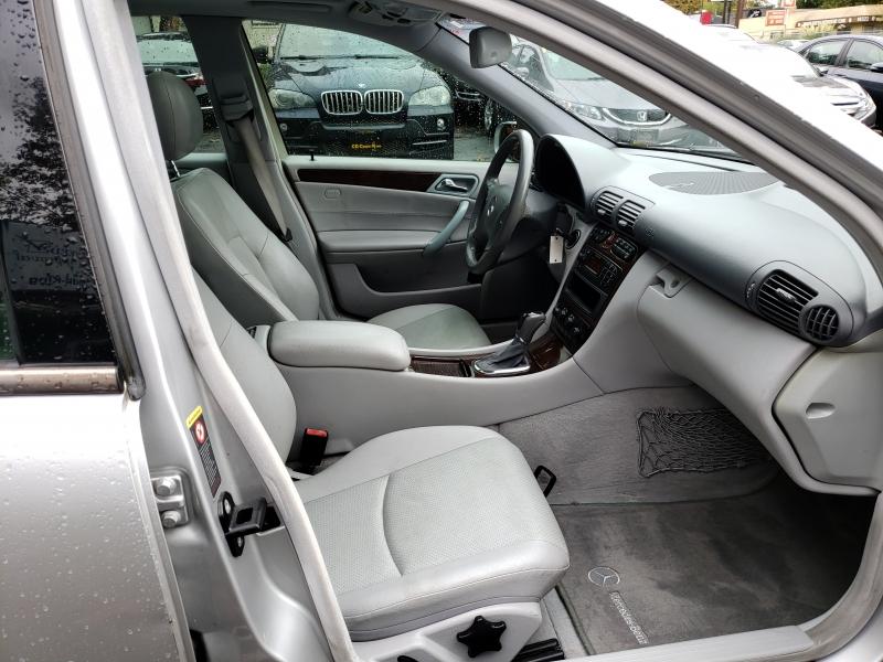 Mercedes-Benz C-Class 2002 price $2,971