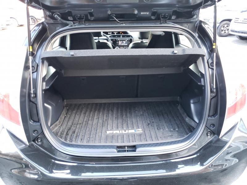 Toyota Prius c 2016 price $13,971