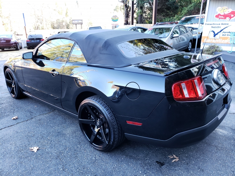 FORD MUSTANG 2010 price $8,500