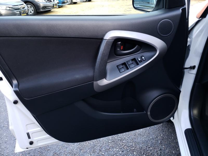 Toyota RAV4 2006 price $7,500