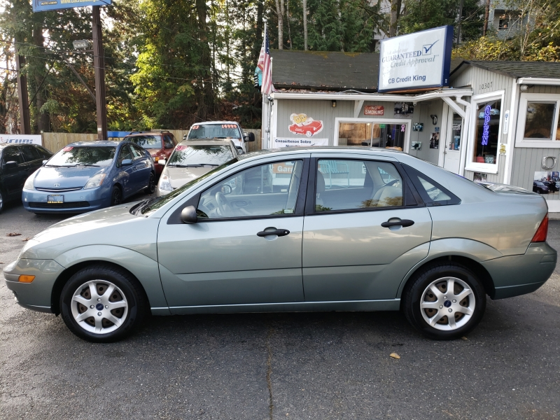 Ford Focus 2005 price $1,999