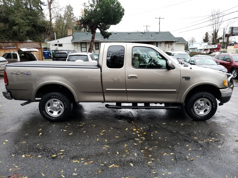 Ford F-150 2002 price $6,888