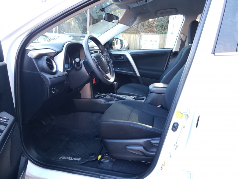 Toyota RAV4 2016 price $17,500