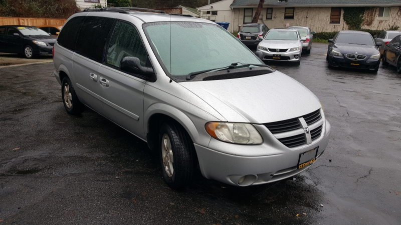 Dodge Grand Caravan 2006 price Call for Pricing.