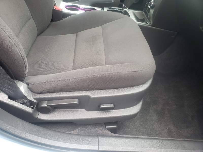Ford Fusion Hybrid 2010 price $6,777