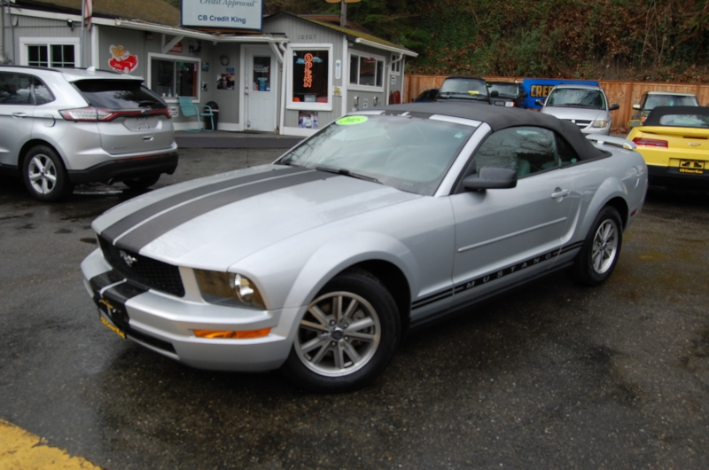 Ford Mustang 2005 price $4,971