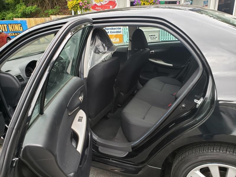 Toyota Corolla 2010 price $7,400