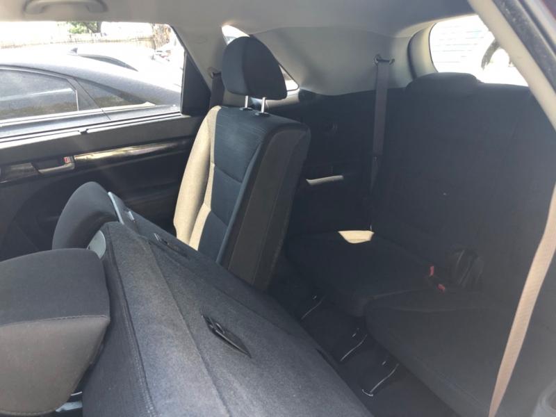 Kia Sorento 2014 price $8,995