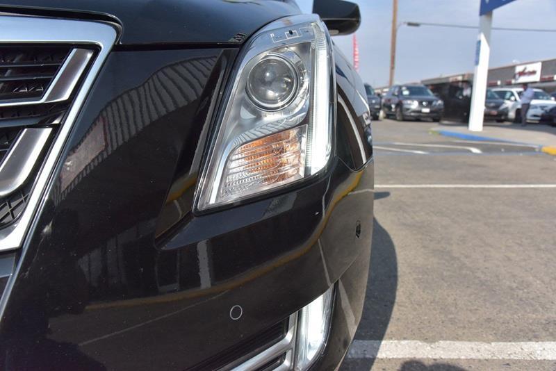 Cadillac XTS 2017 price $21,999