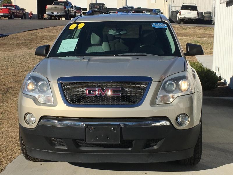 GMC Acadia 2009 price $7,500