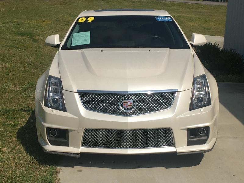 Cadillac CTS-V 2009 price $27,900