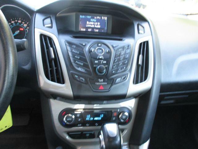 Ford Focus 2012 price $7,499