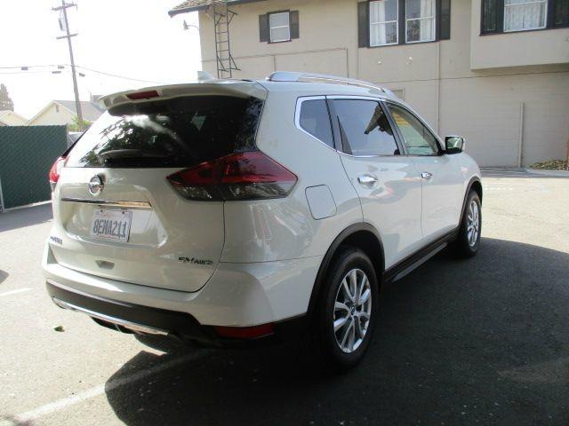 Nissan Rogue 2018 price $17,888