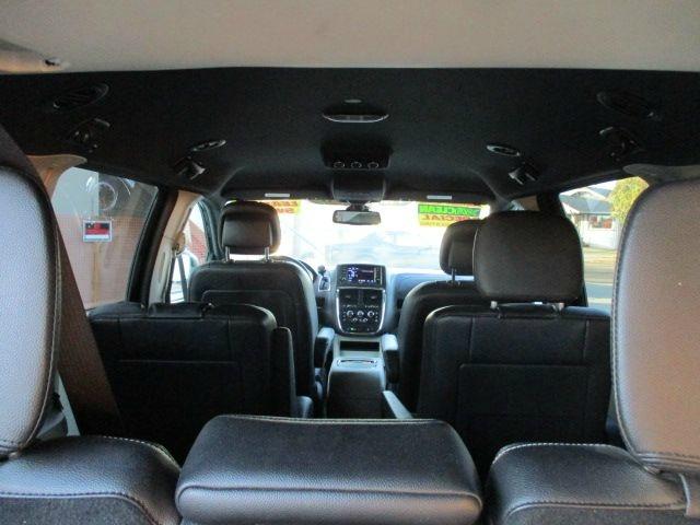 Dodge Grand Caravan 2018 price $16,750