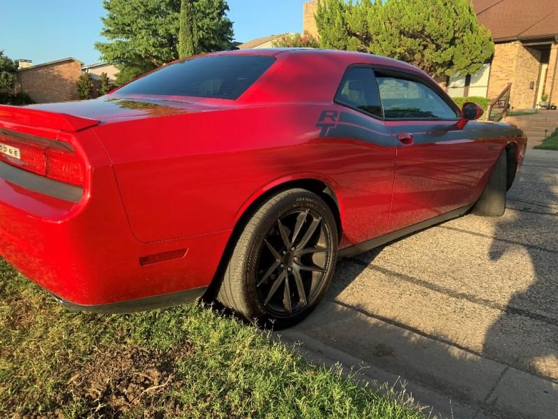 Dodge Challenger 2013 price $15,995
