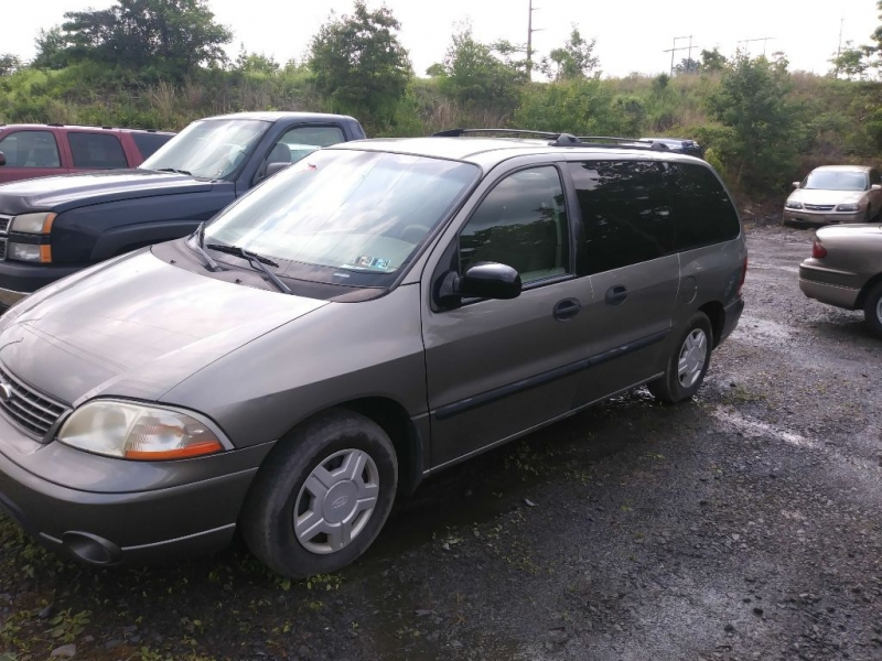 FORD WINDSTAR 2002 price $2,995