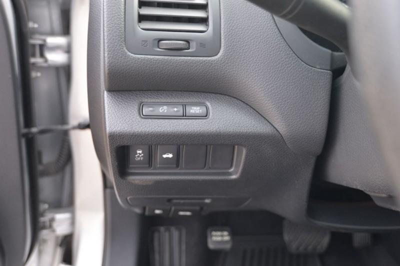 Nissan Altima 2015 price $9,500