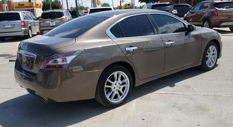 Nissan Maxima 2013 price $11,200