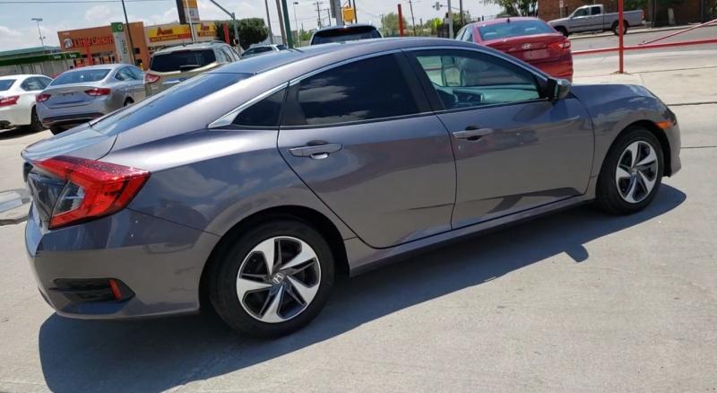 Honda Civic Sedan 2017 price $15,980