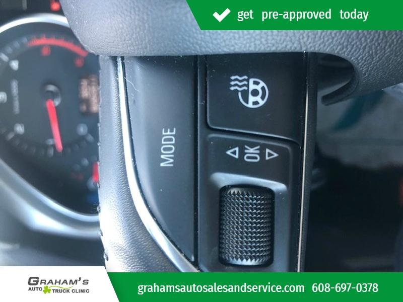 Audi Q7 2012 price $16,995