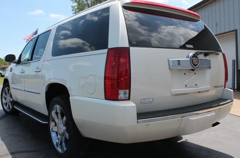 Cadillac Escalade ESV 2013 price $26,995