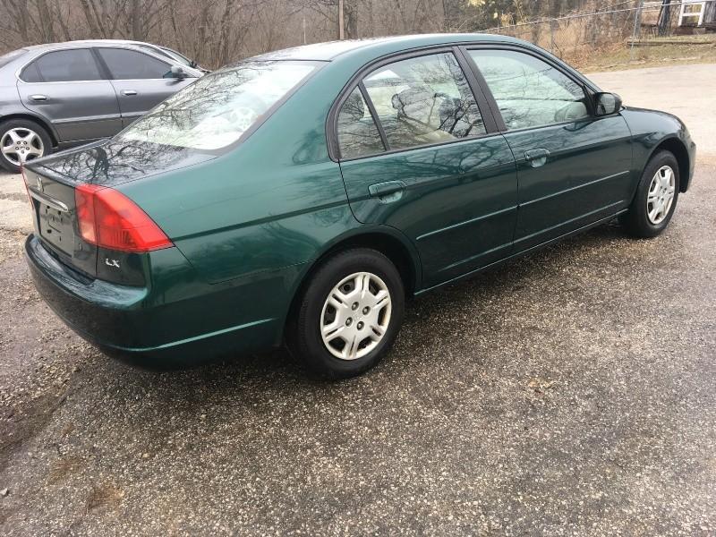 Honda Civic 2002 price $2,850